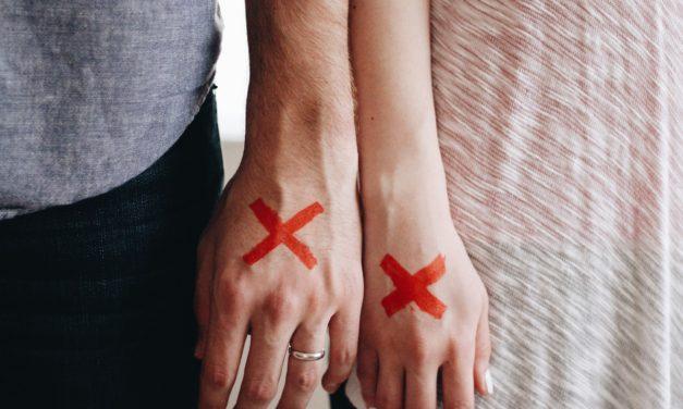 Błędy, które mogą zniszczyć związek